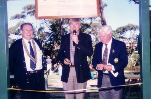 1996-97 Rotary Park Rotunda Opening; Dom Fondacaro, Russell Smith MP, Mayor Max Atkins