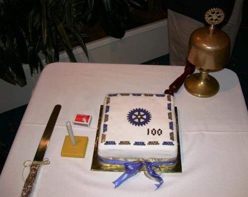 2005-02-19 100 years Rotary Anniversary Cake